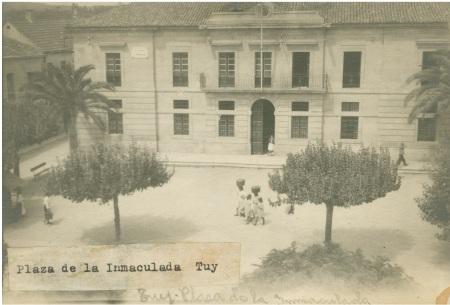 Tui. Plaza de la Inmaculada (1945).