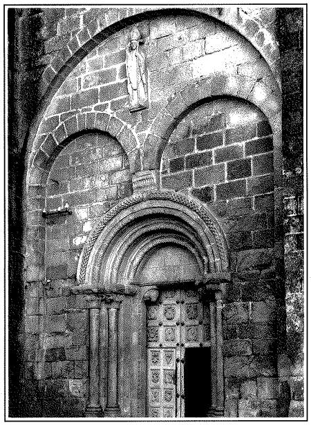 Catedral de Tui. Fachada románica.
